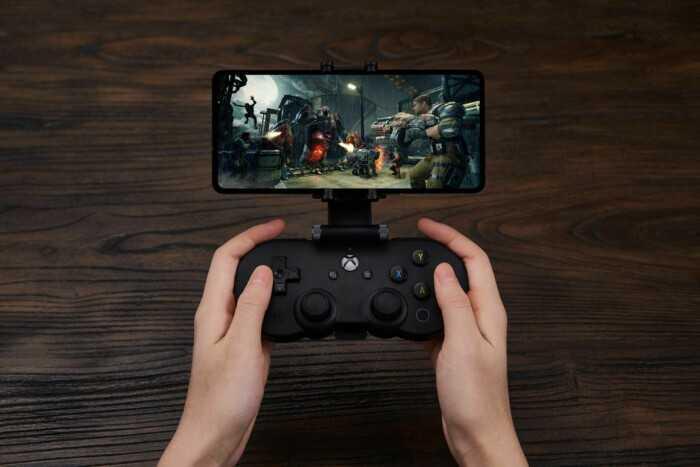 8BitDo выпустила мобильный геймпад для xCloud